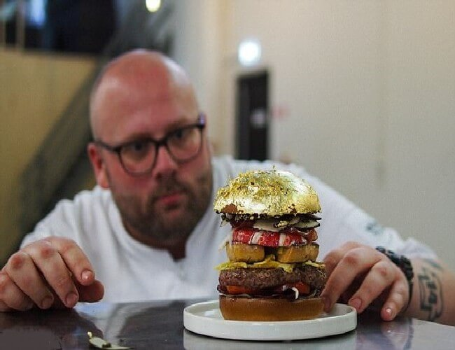 Most Expensive Burger 4 - Most Expensive Burger in the World - Tested Most Valuable Burger