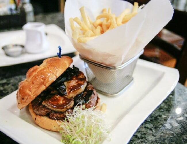 Most Expensive Burger 6 - Most Expensive Burger in the World - Tested Most Valuable Burger