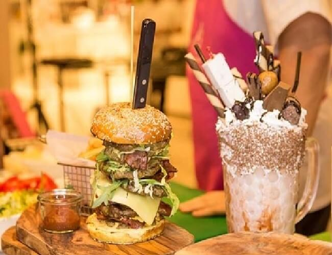 Most Expensive Burger 8 - Most Expensive Burger in the World - Tested Most Valuable Burger