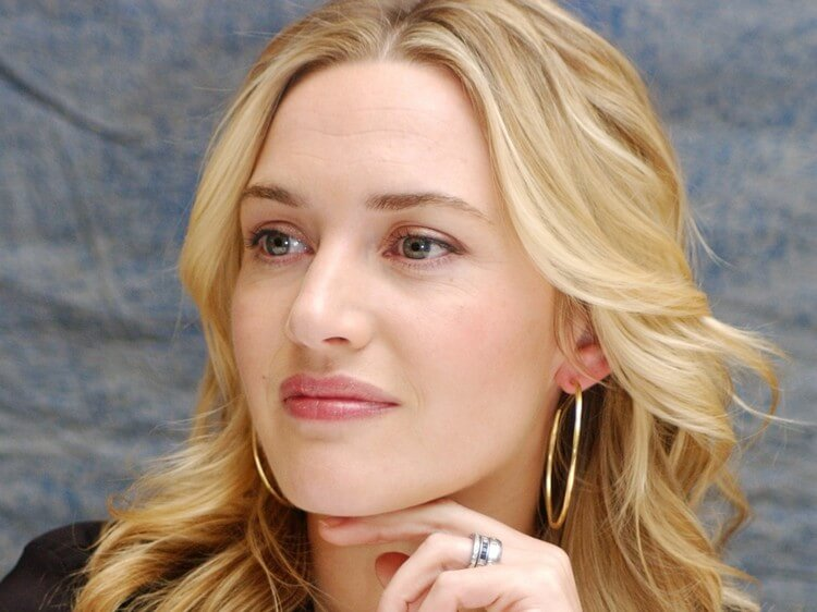 bio 1 8 - Kate Winslet Net Worth