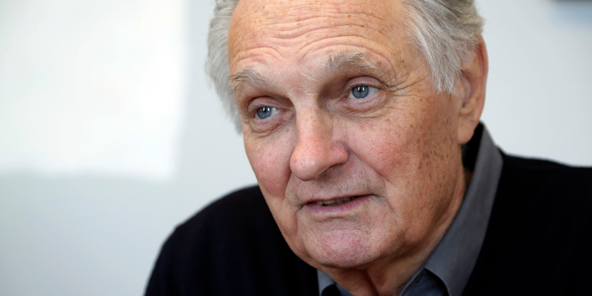 o ALAN ALDA facebook - Alan Alda Net Worth