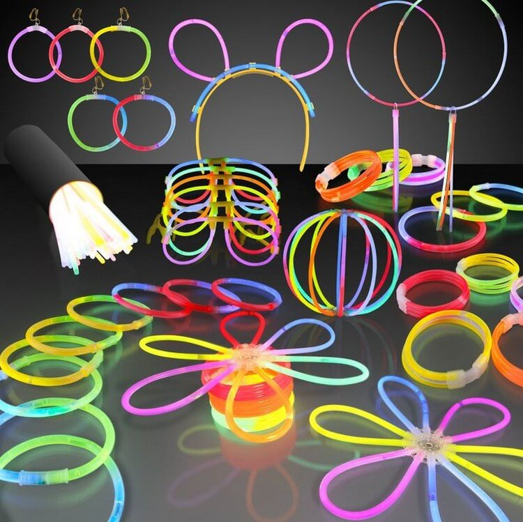 Theme My Party Glow Sticks Bracelets - Best Gifts for 4 Year Old Girls: Buy Beautiful Gifts for Your Kids