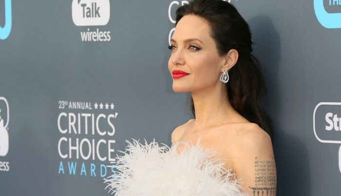 angelina jolie net worth 1 - Angelina Jolie Net Worth