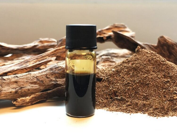 Agarwood Essential Oil - Top Most Expensive Essential Oils in the World 2018: Best Absolute Essential Oils