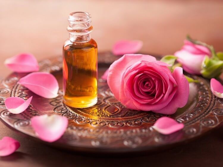 Rose Essential Oil - Top Most Expensive Essential Oils in the World 2018: Best Absolute Essential Oils
