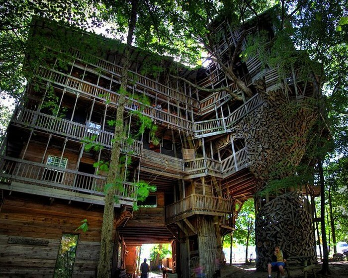 coolest treehouses 4 - Coolest Treehouse in the World for Kids -- Innovative Ideas