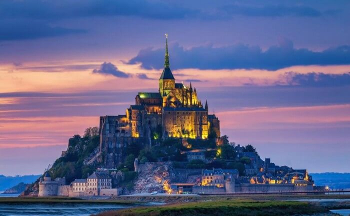 most beautiful castles 1 - 12 Most Beautiful Castles in the World -- Must to Watch
