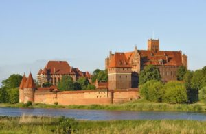 Malbork Castle Malbork Poland 300x196 - Largest Palaces in the World : Largest Residential Palaces