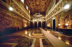 Quirinal Palace Rome Italy 300x197 - Largest Palaces in the World : Largest Residential Palaces