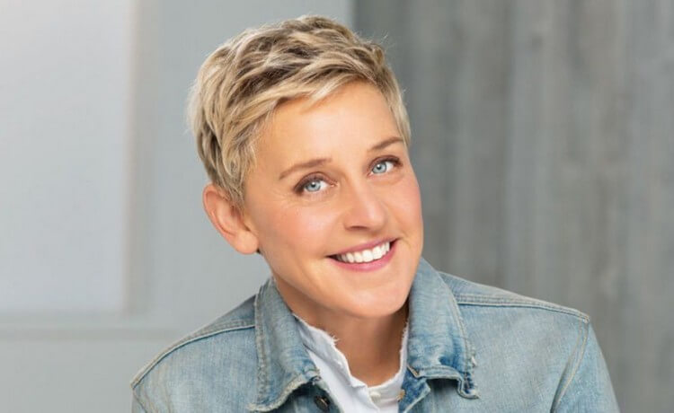 Ellen DeGeneres - Top 10 Most Twitter Followed People in the World