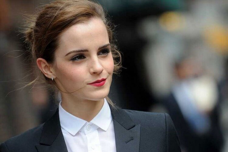 Emma Watson - Top 10 Most Attractive Women in the World 2020